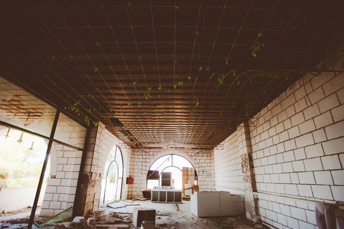 abandoned hotel belvedere dubrovnik (4)