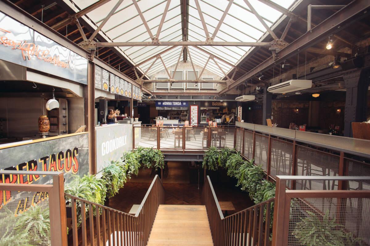 restaurant near victoria station